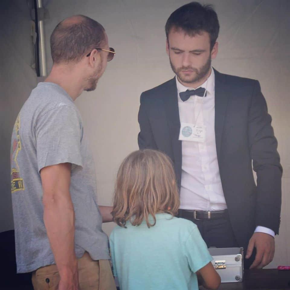 Spectacle de magie pour enfant - Hugo L Mago - Nantes